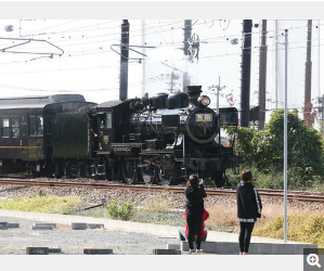 「鬼滅の刃」リアル無限列車走る JRとコラボSL